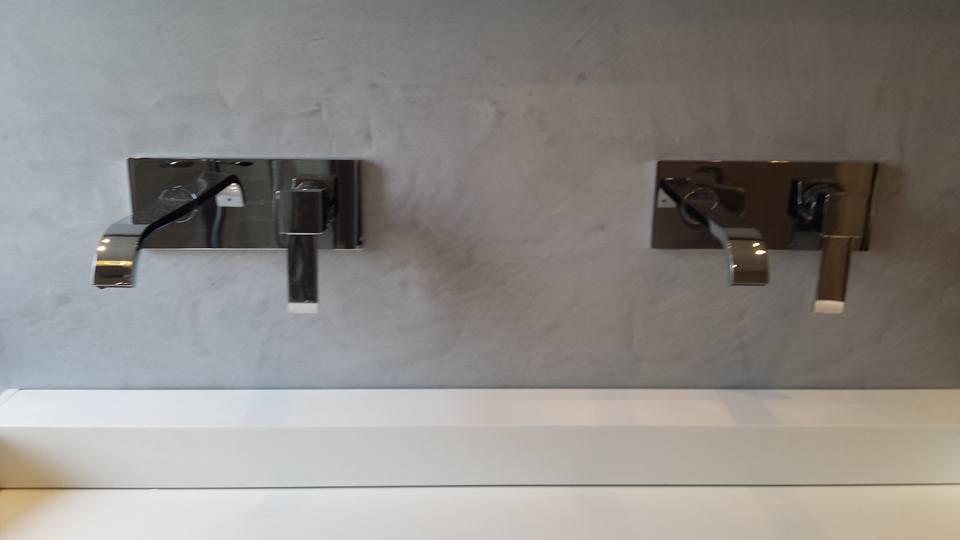 Badkamer afgewerkt met Beal Mortex - De Stukadoor Looy